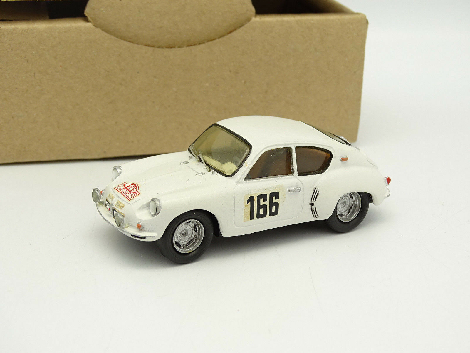 Jielge Kit Assembled 1 43 - Alpine Renault A106 Rally Mounted Carlo 1960 no.166