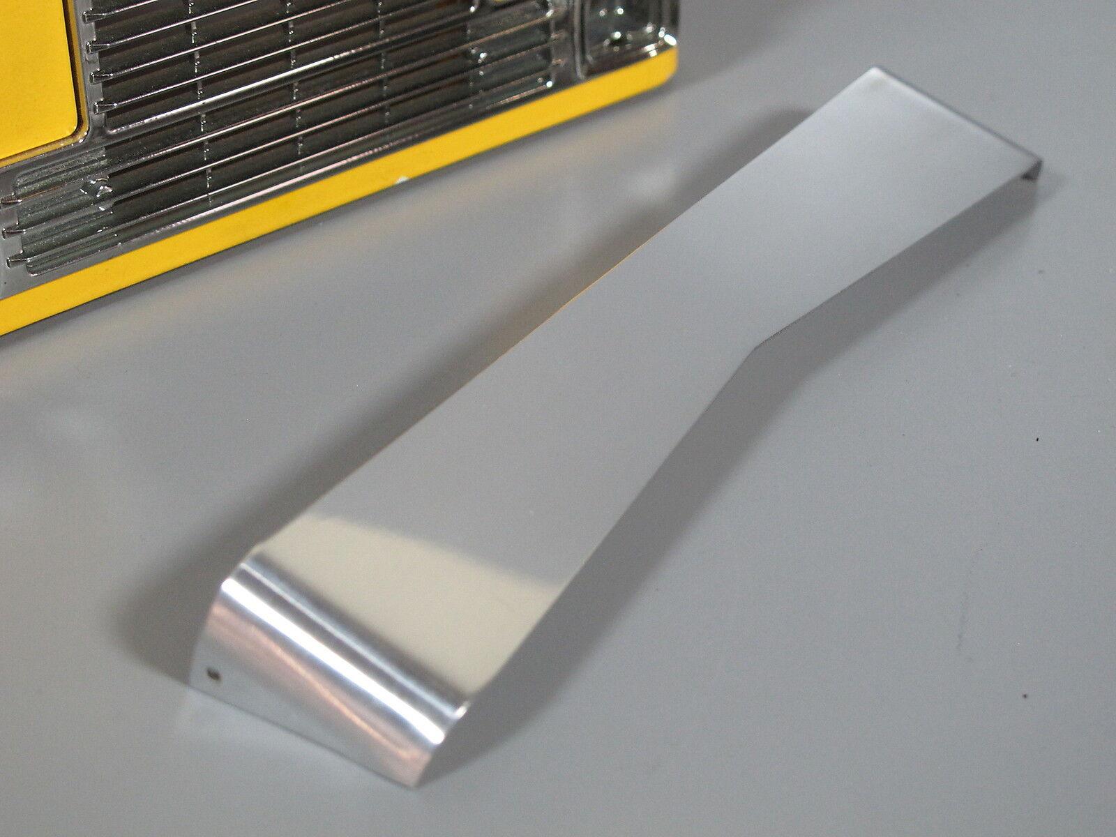 New Alum Front Lowrider Bowtie Sun Sun Sun Visor Plate Tamiya R C 1 14 GlobeLiner Semi a66bb8