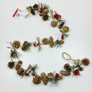 Pine-Cones-Holly-Berry-Christmas-Garland-6-Foot-Strand
