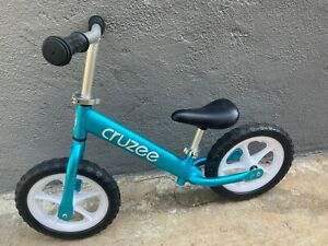 Cruzee Balance Bike Cruzee Ultralite Air Balance Kid's Child's Bike. It's in gr