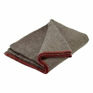 Scouts-BADGE-BLANKET-Grey-200CM-X-150CM-Red-Trim