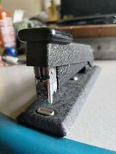 Vintage Bostitch Stapler Textured Black Metal Finish Heavy Duty Desktop B5 O1