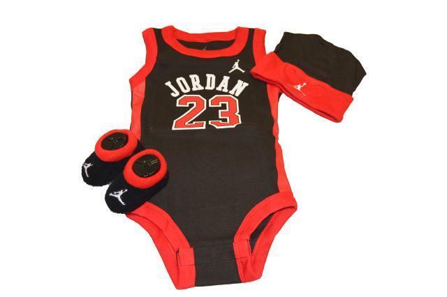 b434e42269b65d Nike Air Jordan 3 Piece Infant Baby Set Babygrow Hat BOOTIES Shoes 0 ...