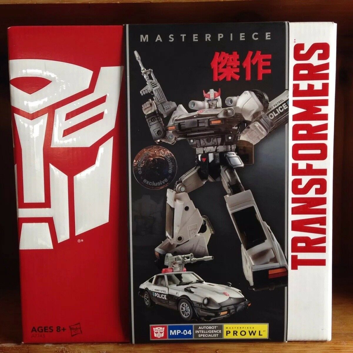 Hasbro Transformers Masterpiece Toys  R  Us TRU Exclusive MP-04 Prowl 100% Comp