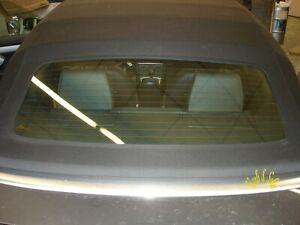 Audi-A3-S3-Cabrio-Verdeck-Heckscheibe-Rueckscheibe-Verklebung-Kleber-loest-sich