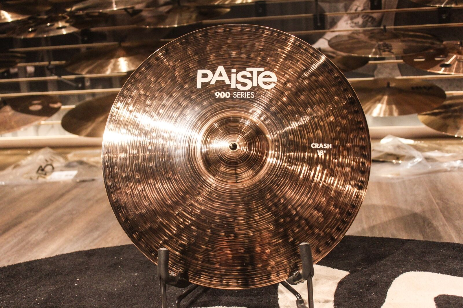 Paiste 900 Series 18  Crash Cymbal - Demo