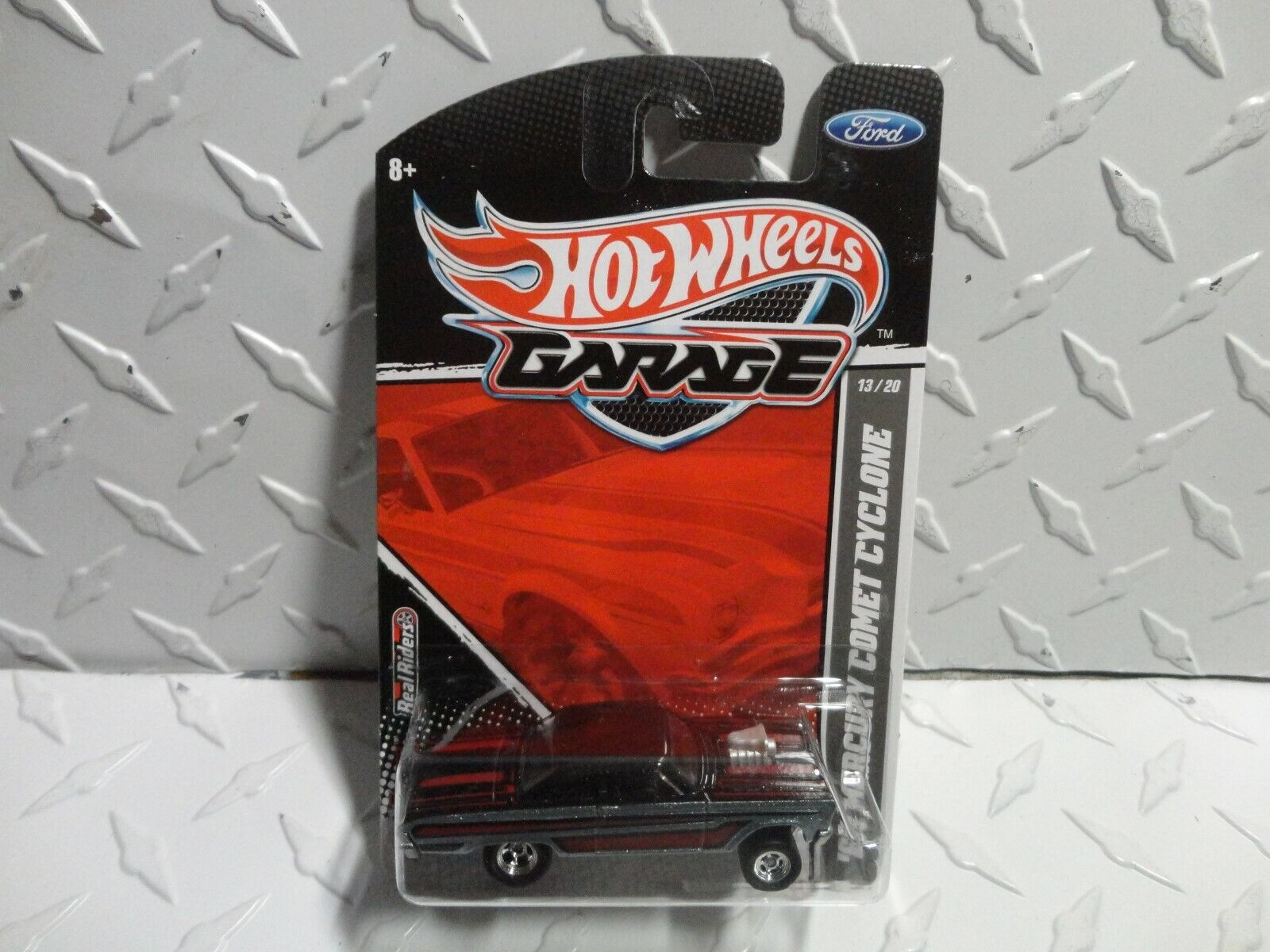 Hot Wheels Garage  13 Grey '65 Mercury Comet Cyclone w Real Riders