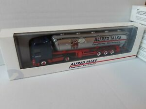 DAF-XF-Alfred-TALKE-Logistics-60m-silosattel-Merry-Christmas-amp-Happy-New-Year