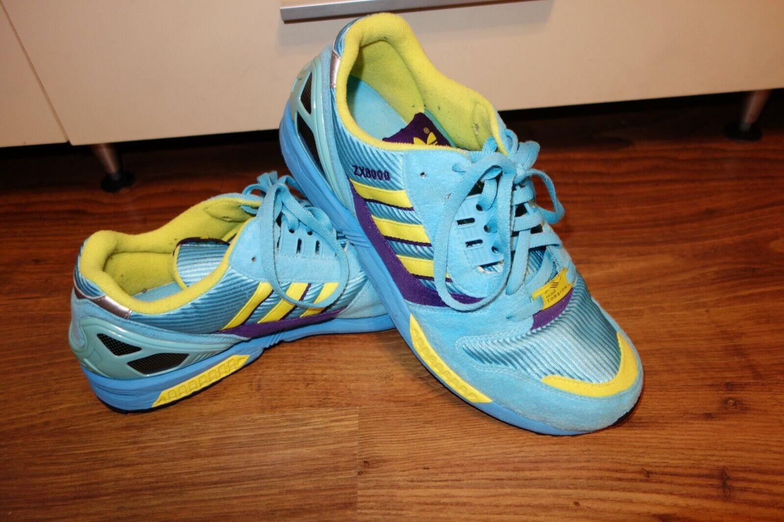 RARE 2009 ADIDAS ZX 8000 AQUA TRAINERS , blueE, EXCELLENT  CONDITION