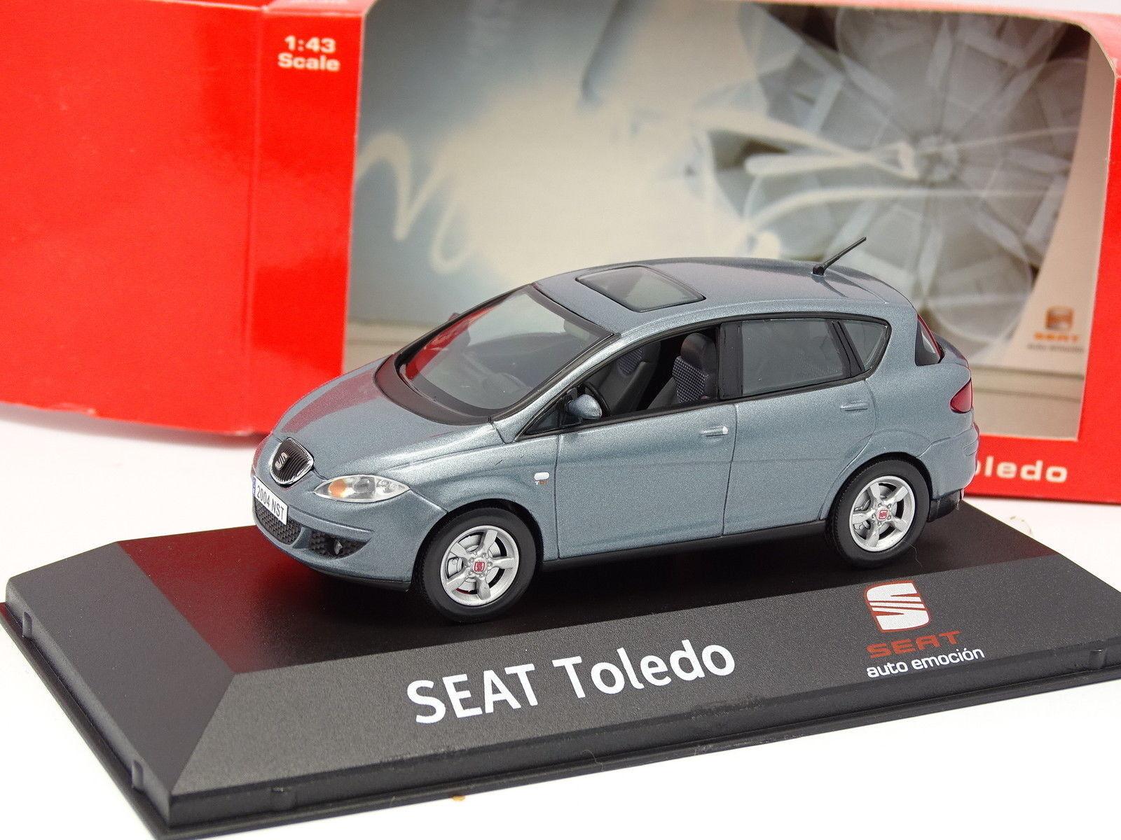 J Collection 1 43 - Seat Toledo 2005 gris