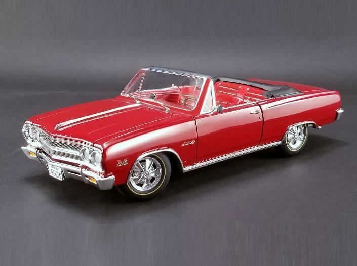 ACME 1 18 1965 Chevrolet Chevelle Z16 Malibu Diecast Model Car Red A1805306