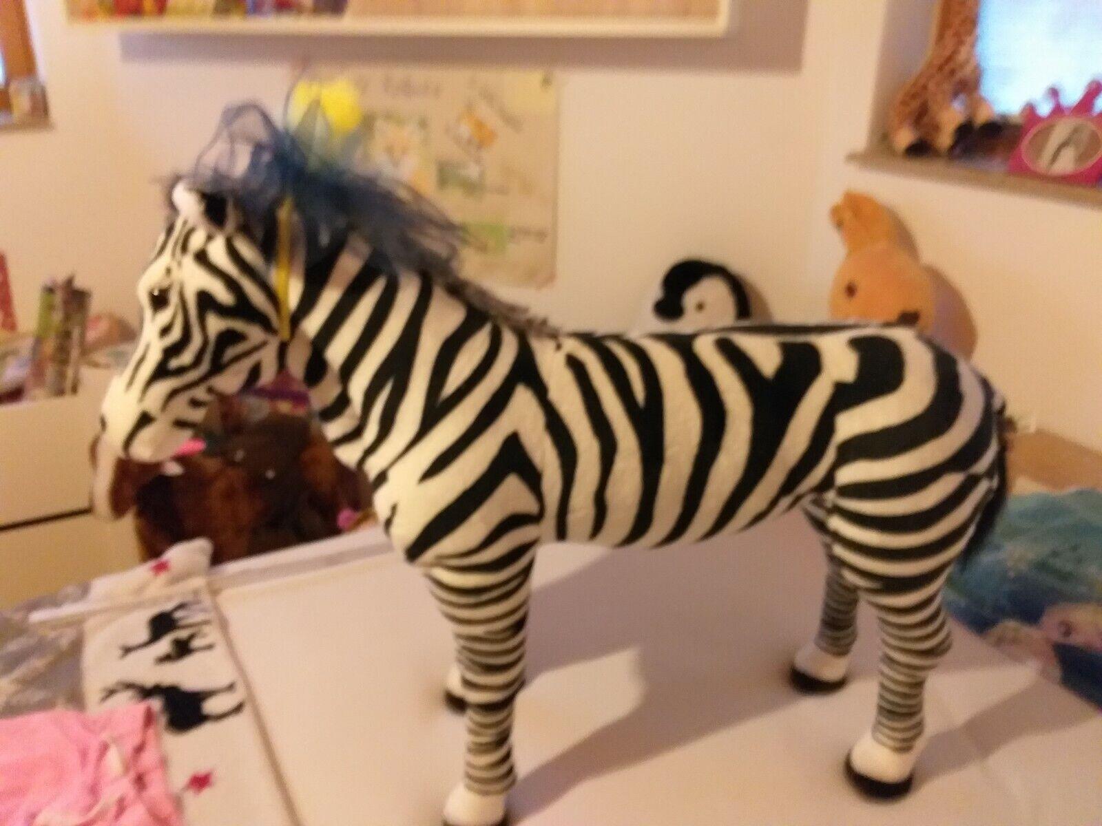 Zebra zum Aufsteigen neuwertig 80Lang und 70cm hoch