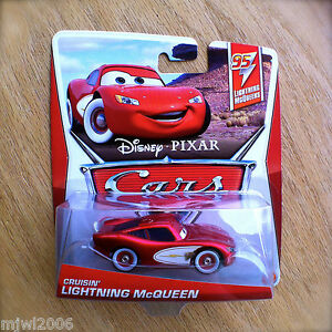 Disney-PIXAR-Cars-CRUISIN-039-LIGHTNING-MCQUEEN-on-2013-MCQUEENS-THEME-diecast-4-5