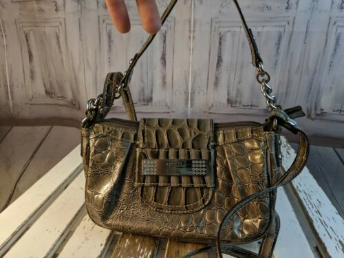 Guess purse handbag bag shoulder tote crossbody mi