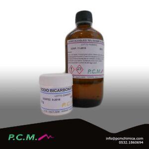 ACIDO GLICOLICO 70% 250 G + SOLUZIONE TAMPONE TRATTAMENTO COMPLETO 10 G PCM 3494