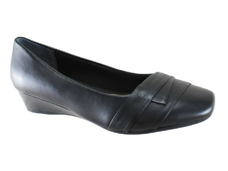 New Supersoft by Diana Ferrari Renzo Black Leather Leather Leather Low Wedge Size 9 19b030