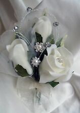 Pin corsage ivory rose buds/crystal and diamante