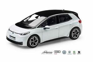 VW-ID-3-Modellauto-NEU-in-OVP-1-43-Volkswagen-NOREV-Gletscherweiss-ID3