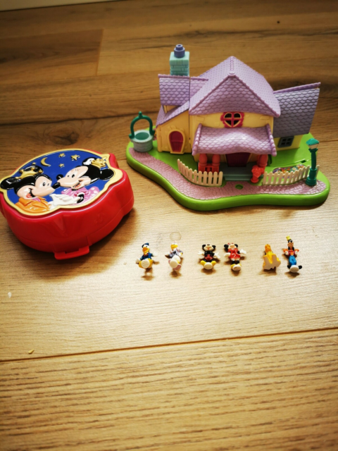 Polly Pocket, Komplet Mikey Mouse & co
