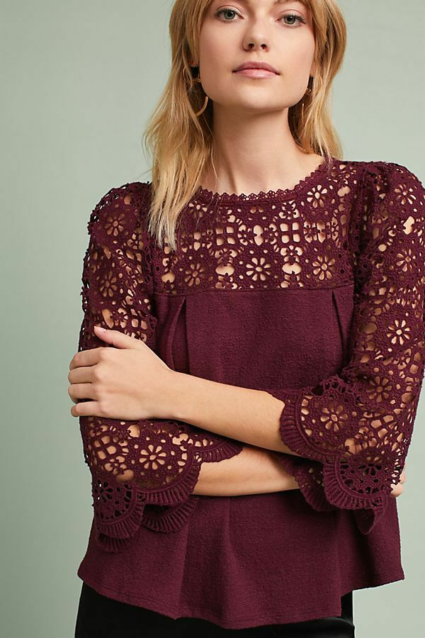 Anthropologie  MariGold Lace Top NWT new Größe S plum Farbe small