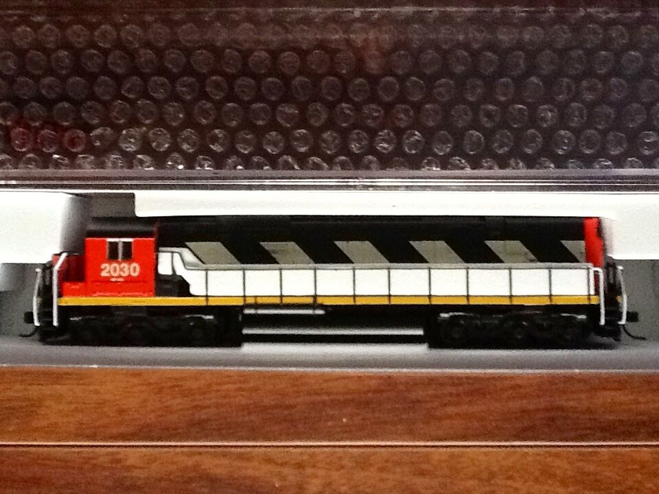 ATLAS 1/160 N Scale C-630 Canadian National Road   2030 DCC Item   40002014 F/S