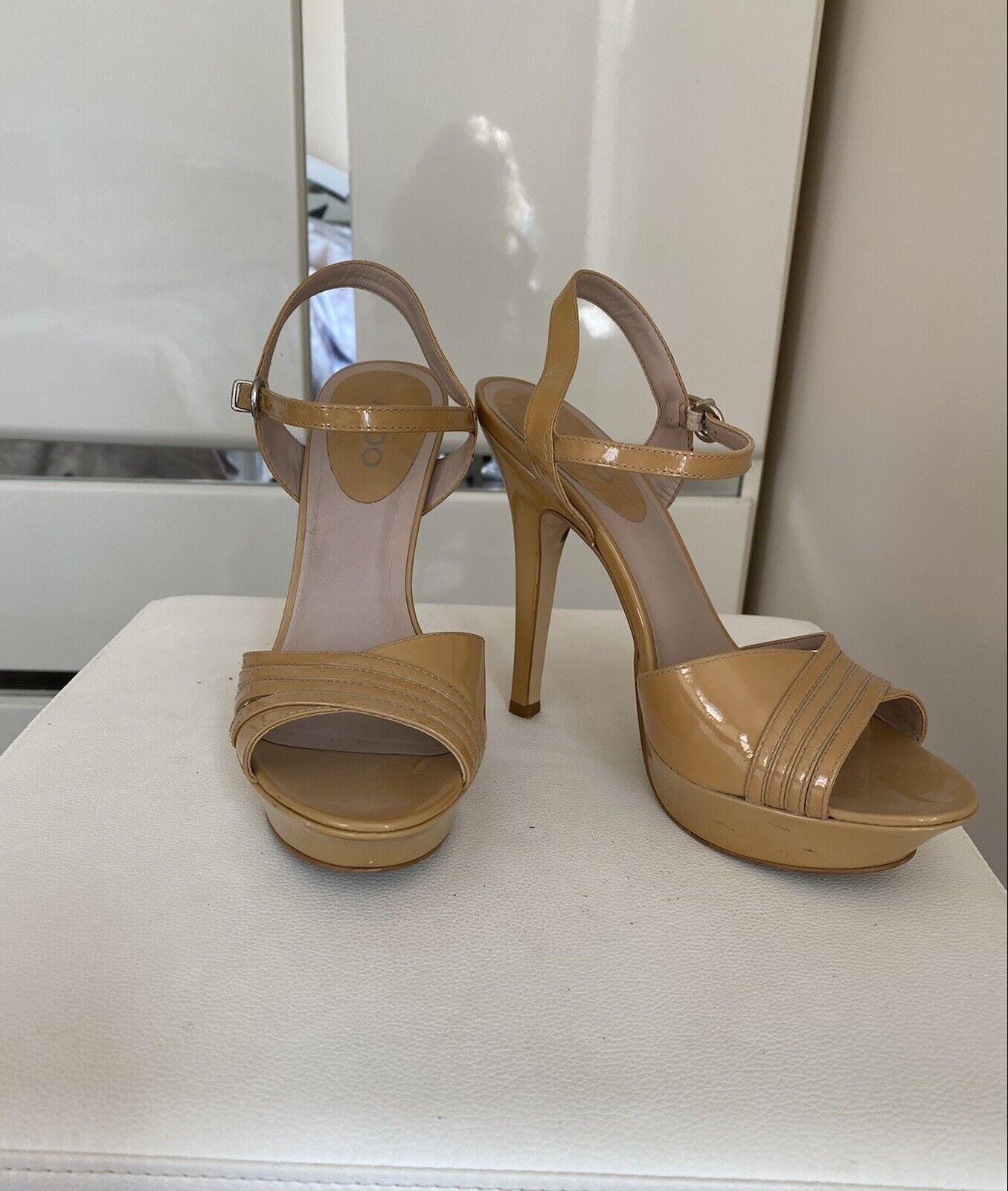 Aldo platform Patent Leather nude Sandals size 8