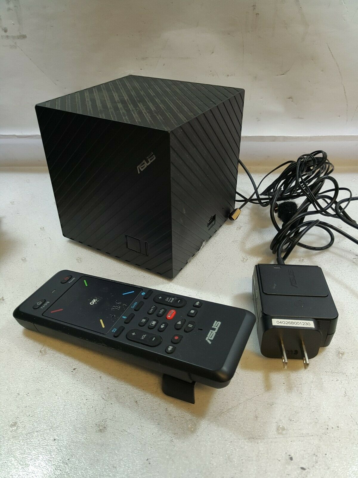 – ASUS CUBE Google TV Box  Wireless Media Streamer AW-NM388(CAN NOT RUN YOUTUBE)