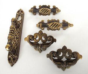 Vintage-Hardware-Lot-Door-Handle-Drawer-Cabinet-Pulls-Antique-Gold-Tone-Deco