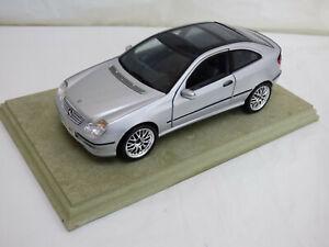 Maisto-1-18-Plata-Mercedes-Benz-Clase-CL-203-C-Coupe-Deportivo-Juguete-Diecast-Car