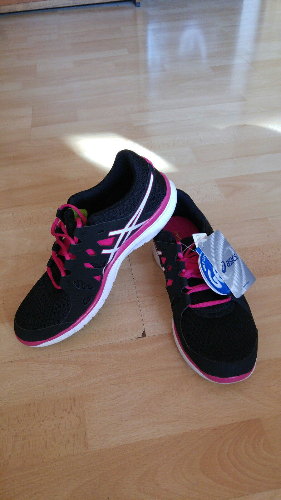 ASICS Women's Gel-Fit Tempo Cross-Trainer shoes