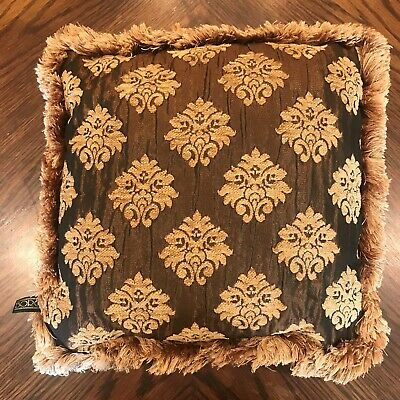 how to use decorative pillows borgata decorative pillow browns and golds 16 x16  gently use how to use throw pillows on a bed borgata decorative pillow browns and