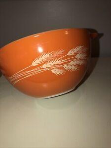VTG Pyrex Autumn Harvest Wheat Cinderella Stacking Mixing Bowl # 441 Orange