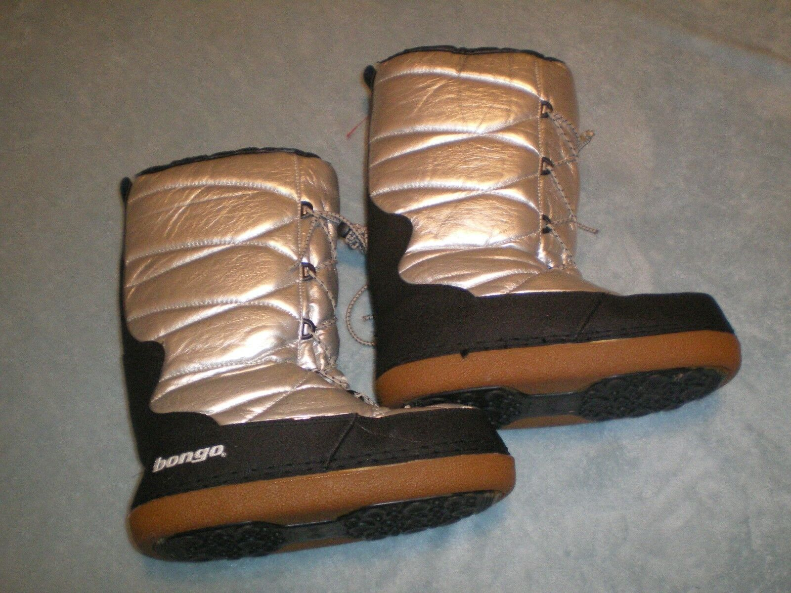 BONGO Boots silver snow winter size 39-40 or approx u.s. size Size 9