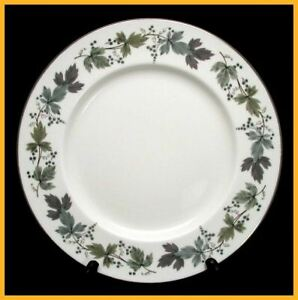 Image is loading Royal-Doulton-Burgundy-10-5-8-Inch-Dinner-  sc 1 st  eBay & Royal Doulton Burgundy 10 5/8 Inch Dinner Plates   eBay