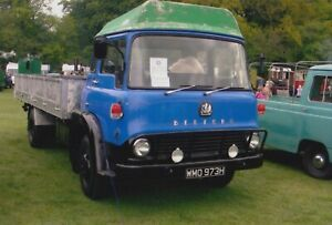 BEDFORD TRUCK PHOTO PHOTOGRAPH CLASSIC LORRY ON PICTURE WMO973H AT STEAM RALLY.