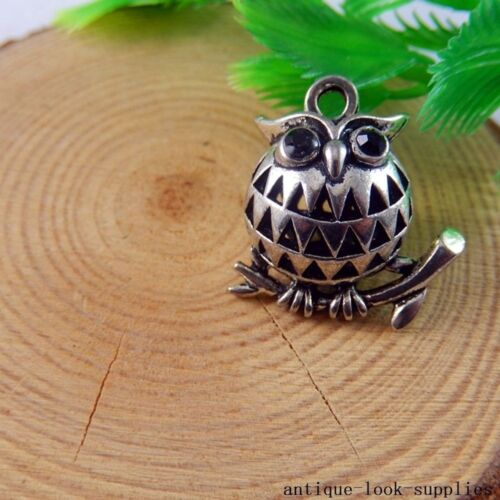 Vintage Silver Alloy Round Owl Hollow Pendant Charms Craft Finding 4pcs 50780