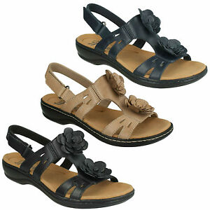 2b917c57672 Image is loading LADIES-CLARKS-LEISA-CLAYTIN-FLOWER-CASUAL-LEATHER-SANDALS-