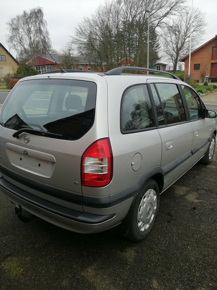 Klargjort Opel Zafira 1,6 7prs.