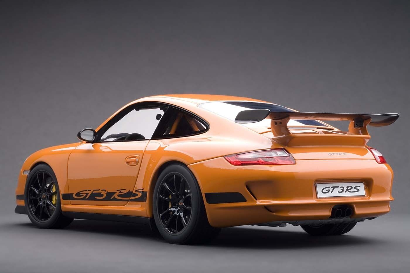 Porsche 911 (997) GT3 RS Orange 1 12 by Autoart  12117 Brand New in box RARE