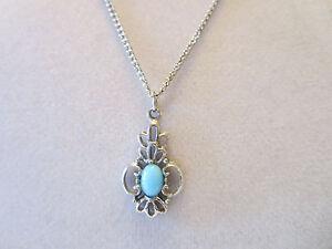 Vintage-Silver-Tone-Light-Blue-Necklace