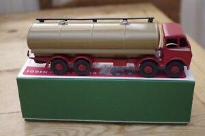 Vintage-Dinky-Foden-Tanker-504