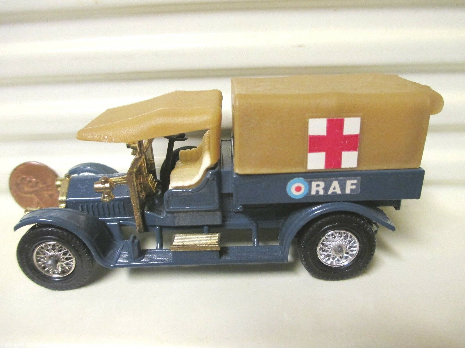 MATCHBOX LESNEY YESTERYEAR Y13 1918 CROSSLEY Royal Air Force tendre paletan Avant Toit En parfait état, dans sa boîte