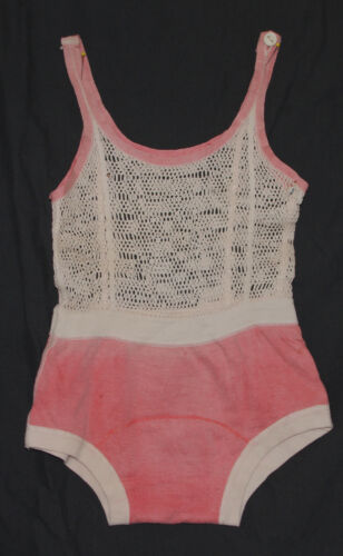 VINTAGE 1930-40'S CHILDS KNIT MESH BATHING SUIT OR