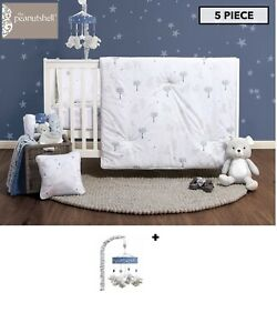 The-Peanut-Shell-Celestial-Bear-Cot-5-Piece-Set-Navy-White-musical-mobile