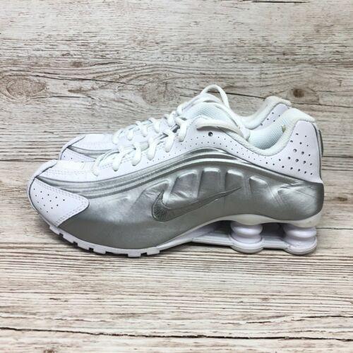 Nike Shox R4 GS Blanco Plata Size UK 4 EUR 36.5 US 4.5Y BQ4000 100 TL