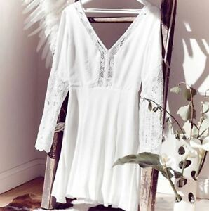 WINONA-Eva-Dress-White-size-10-Lace-Detail-Low-Back-240-Stunning-NEW-WITH-TAGS
