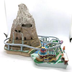 Disneyland California MATTERHORN PUTOPIA MONORAIL Diorama Miniature Figure Toy