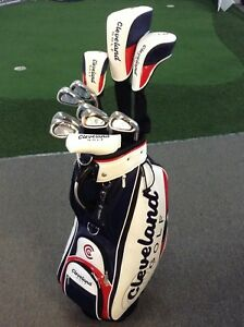 2018-CLEVELAND-GOLF-Premium-Golf-Package-Mini-Staff-Bag-Putter-amp-Covers
