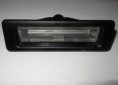 Original Alfa Romeo Spider Gtv 916 145 Nummernschildbeleuchtung 60574850 NEU