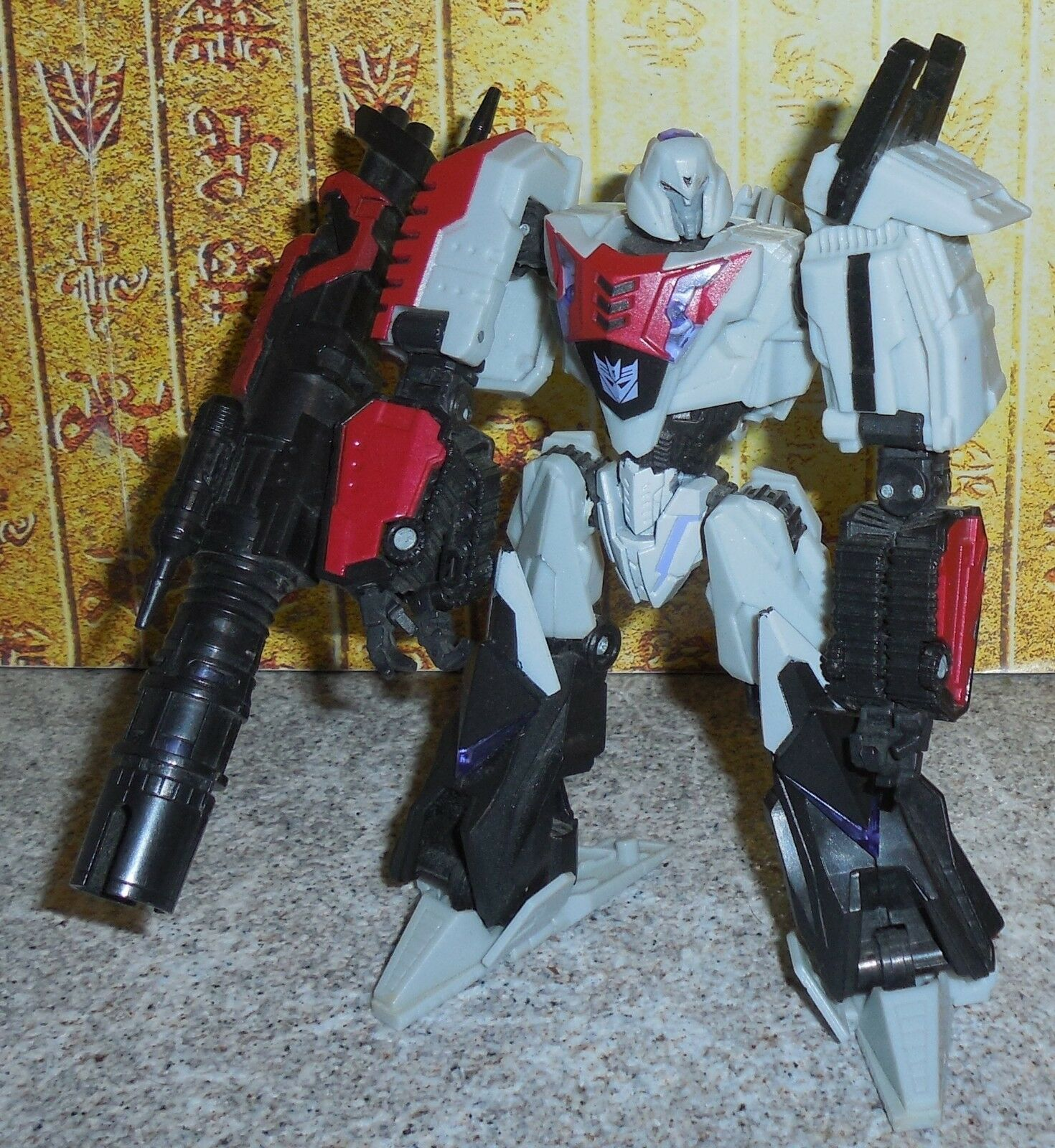 Transformers Generations WFC MEGATRON Deluxe War For Cybertron